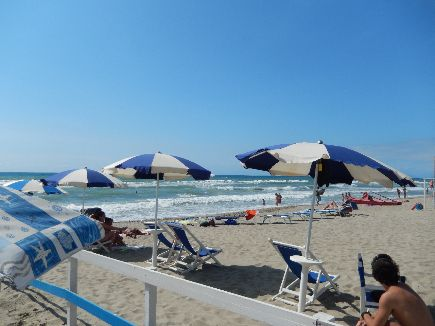 strand en zee viareggio